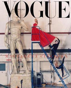 Vogue Poland's January 2019 cover captured by fashion photographer Alexander Saladriga Vogue Magazine Covers, Fashion Magazine Cover, Fashion Cover, Vogue Editorial, Editorial Fashion, Editorial Photography, Fashion Photography, Vintage Vogue Covers, My Favorite Image