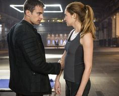 'Divergent' photos: See Shailene Woodley as Tris, Theo James as Four and Maggie Q as Tori Divergent Movie Stills, Divergent 2014, Divergent Trilogy, Divergent Insurgent Allegiant, Divergent Fandom, Watch Divergent, Divergent Fanfiction, Divergent Jokes, Shailene Woodley