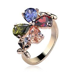 cutest colors ever for a clover ring! SPARKLY!