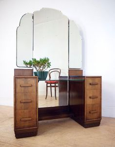 Beautiful Art Deco 20u0027s Walnut Dressing Table With A Full Length Mirror