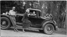Willy Sirobin traaginen kuolema – Viipurin musiikin menestystarina 1918–1939 | Viipurin musiikin menestystarina 1918-1939 | yle.fi Helsinki, Buick, Antique Cars, Antiques, Vehicles, Vintage Cars, Antiquities, Antique, Car