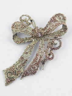 Gold Bronze Tone Filigree Bow Brooch Pin-Antique Look Jewelry