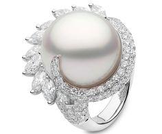 Yoko London South Sea Pearl, Diamond and White Gold Ring Gems Jewelry, Pearl Jewelry, Jewelry Art, Jewelry Design, Pearl Earrings, Jewellery, Pearl Ring, Pearl Diamond, Gold Ring