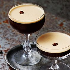 Alcoholic Drinks, Beverages, Cocktails, Smoothie Drinks, Smoothies, Espresso Martini, Alcohol Drink Recipes, Martinis, Mocca
