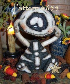 "Patti's Ratties Primitive Halloween Skeleton Ghost 6"" Goth Bone Doll Pattern 655"