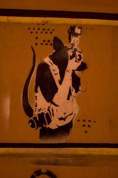 Street Art Banksy, 3d Street Art, Street Artists, Banksy Rat, Bansky, Stencil Graffiti, Graffiti Artwork, Seen Graffiti, Pop Art