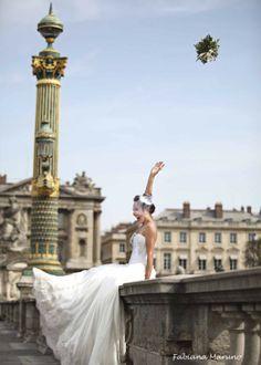 Fabiola  #miniwedding #destinationwedding #paris #wedding #casamento #casamentosreais