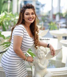 Stunning Girls, Beautiful Girl Photo, Beautiful Girl Indian, Most Beautiful Indian Actress, Beautiful Women, Mode Kylie Jenner, Sexy Dresses, Cute Dresses, Dehati Girl Photo