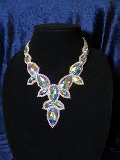 Bold Jewelry, Seed Bead Jewelry, Beaded Jewelry, Jewelry Design, Jewlery, Ballroom Dance Dresses, Ballroom Dancing, Dance Accessories, Jewelry Accessories