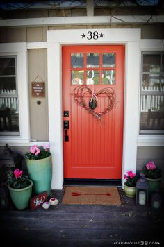 Front porch Valentine's Day decor from Farmhouse38