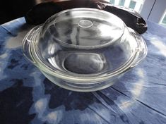Vintage Pyrex Casserole Dish Clear Glass Covered 1.5 Quart