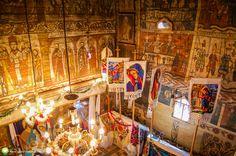 Maramureşul este un loc iubit de toţi cei care apreciază natura aşa cum ne-a lăsat-o Dumnezeu. Romania, My Love, Painting, Travel, Art, Wonderful Places, Paisajes, Art Background, Viajes