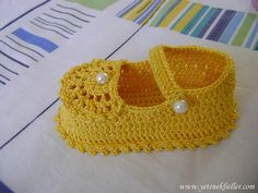 #crochet baby shoes