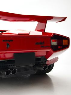 Lamborghini Countach - look at that styling!!