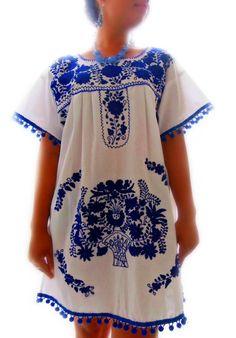 Made to Order Talavera mexican embroidered dress by elizabethpalmer on Etsy Mexican Embroidered Dress, Mexican Blouse, Mexican Outfit, Mexican Dresses, Embroidered Blouse, Diy Moda, Mexico Dress, Textiles Y Moda, Boho Fashion