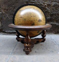 globo-terraqueo-sobremesa-madera-antiguo-mementosbcn-3