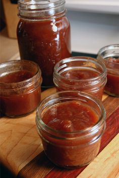 apple-butter-jars