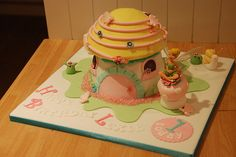 Tinkerbell fairy toadstool house giant cupcake | Flickr - Photo Sharing!