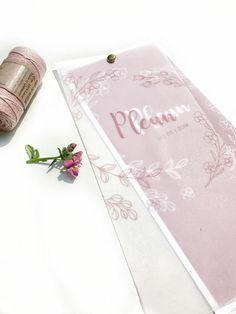 Uniek geboortekaartje met transparant kalk papier | flower | babycards | boho design | pink