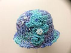 Newborn seahorse hat / photo prop hat by Yarnhotoffthehook on Etsy, $19.00