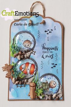 Carla's Kaartjes jj: Happiness comes in Waves. Elizabeth Craft, Exploding Boxes, Design Crafts, Waves, Christmas Ornaments, Holiday Decor, Happy, Animals, File Folder
