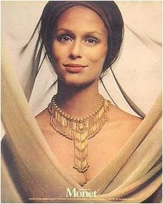Lauren Hutton for Monet Jewelry Ads, Jewelry Model, Body Jewelry, Vintage Glamour, Vintage Beauty, Vintage Ads, Vintage Fashion, Retro Fashion, Patti Hansen