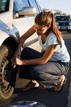 Useful tips on how to change a flat tire