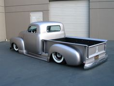 Metallic paint with a satin clear - The 1947 - Present Chevrolet & GMC Truck Message Board Network 55 Chevy Truck, Chevy 3100, Lifted Chevy Trucks, Chevy Pickups, Gmc Trucks, Cool Trucks, Mini Trucks, Diesel Trucks, Hot Rods