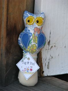 Retro Owl Baby Rattle (blue wings) by Tog & Pini