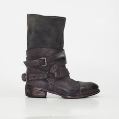 #boots #leather #handmade #madeinitaly #fashionshoes #strategia