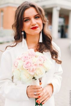 """Купить Серьги кисти """"Романтика"""" - белый, молочный, жемчужный, серьги, серьги кисти, серьги кисточки #серьгикисти #серьгикисточки #сережкикисти #nadinbant #надинбант #серьгискисточками"""