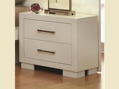 Night stand also lovely white!!!!