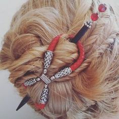 Love this style with the new leather Lilla Rose Braided 8's! Did you know you can mix-and-match the stick?  http://www.lillarose.biz/beautifullife/