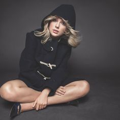 Pop star Taylor Swift has been revealed as the September 2019 cover star of fashion Bible Vogue US. Taylor Swift News, Taylor Swift Pictures, Taylor Alison Swift, Taylor Taylor, Beyonce, Rihanna, Jonas Brothers, Billie Eilish, Ariana Grande