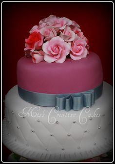 kek kahwin,weeding cakes,cupcakes,miniture cakes, wedding,daisy competions,wedding card: WEDDING CAKES
