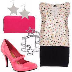 Outfit dedicato alla notte di San Lorenzo: vestito Denny Rose con stelline, scarpe rosa shocking con pochette abbinati e accessori a forma di stella... Per brillare non solo a San Lorenzo!