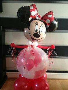 Christmas Festive Fun balloon creations at www.bellissimoballoons.co.uk