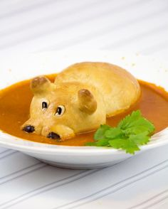 Healthy and Easy Hungry Hippo Soup Recipe for Kids hippo bread Cute Food, Good Food, Yummy Food, Toddler Meals, Kids Meals, Kind Und Kegel, Soup Recipes, Cooking Recipes, Recipies