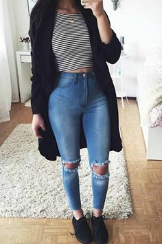 Take a look at 9 back to school outfits for teens with a striped top in the photos below and get ideas for your own outfits! teen fashion outfit ideas for school with jeans, yeezy sneakers, striped crop top, cardigan… Continue Reading → Cute Sporty Outfits, Cute Outfits With Jeans, Outfit Jeans, Cute Fall Outfits, Jean Outfits, Winter Outfits, Summer Outfits, Casual Outfits, Crop Top With Jeans