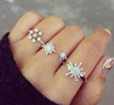 snow flake rings <3