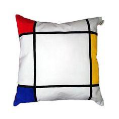 Guarda questo articolo nel mio negozio Etsy https://www.etsy.com/listing/288647719/handmade-and-handpainted-pillow-inspired