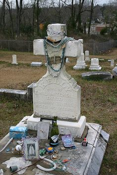 Queen of the Gypsies Grave