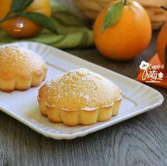 MUFFIN ALLE CLEMENTINE sofficissimi   Dei sofficissimi profumatissimi e golosi muffin alle clementine, semplicissimi da fare e veloci, ottimi per la prima colazione o la merenda !
