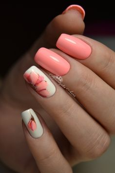 What Christmas manicure to choose for a festive mood - My Nails Fancy Nails, Cute Nails, My Nails, Stylish Nails, Trendy Nails, Nagel Stamping, Peach Nails, Cute Acrylic Nails, Fabulous Nails