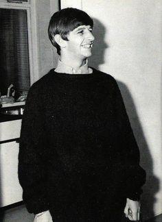 Ringo Starr - The Beatles Photo - Fanpop Ringo Starr, Beatles Photos, The Beatles, Paul Mccartney, Liverpool, Bug Boy, Richard Starkey, Peace And Love, My Love