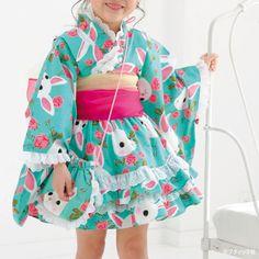 たっぷりのレースとフリルがかわいい女の子用の浴衣ドレス。浴衣のスカート下には、市販のパニエでボリュームをつけました。 レースとフリルがたっぷり!かわいい女の子用の浴衣ドレスの作り方(ぬくもり) Skirts For Kids, Yukata, Baby Girl Fashion, Sewing For Kids, Chinese Style, Baby Dress, Cute Dresses, My Girl, Harajuku