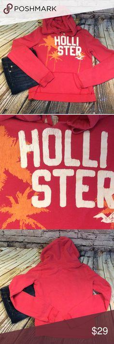 HOLLISTER DARK PINK HOODIE Cute hoodies e on gently used condition Hollister Tops Sweatshirts & Hoodies