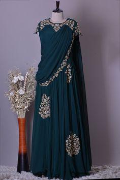 Party Wear Indian Dresses, Designer Party Wear Dresses, Indian Gowns Dresses, Indian Designer Outfits, Designer Wear, Stylish Dresses For Girls, Stylish Dress Designs, Designs For Dresses, Anarkali Dress Pattern
