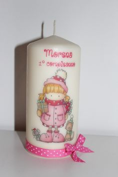 DIY Candle Ideas: Guide for Making Decorative Candles Pink Candles, Pillar Candles, Decoupage, Candle Art, Wax Paper, Candle Making, Diy And Crafts, Decorative Candles, Mothers