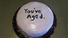I made a birthday cake for my boyfriend but I forgot how old he was turning.